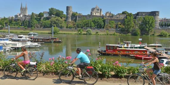La Vélo Francette et la Loire à Vélo - Angers - J.Damase - La Vélo Francette®