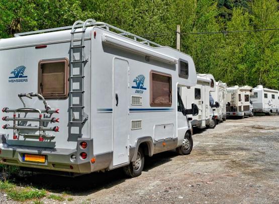 AIRE DE STATIONNEMENT MUNICIPALE POUR CAMPING-CARS - SAINT-BREVIN