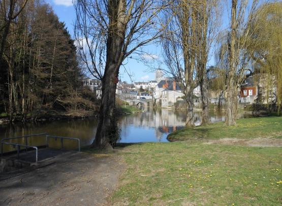 aire-du-moulin-sous-la-tour-segré-49-accam-photo4