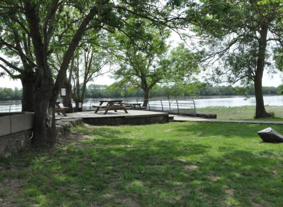 AIRE DE CAMPING-CAR DU PORT DE LA POSSONNIERE