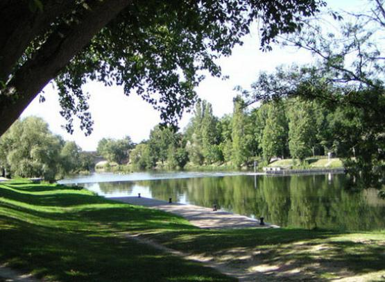 AIRE CAMPING CAR PARK BLERE