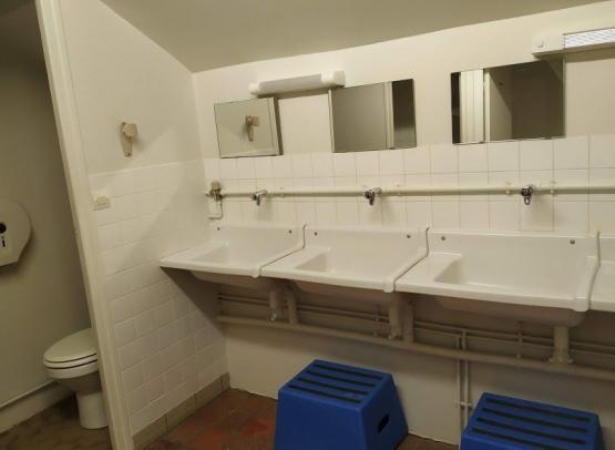 HCO-DNY-gite-canal-salle-eau-etage-2019