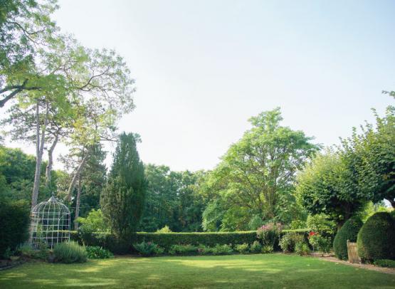 Bagatelle-côté-jardin