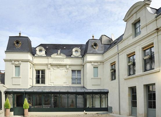 Hôtel-la-Boule-d'Or