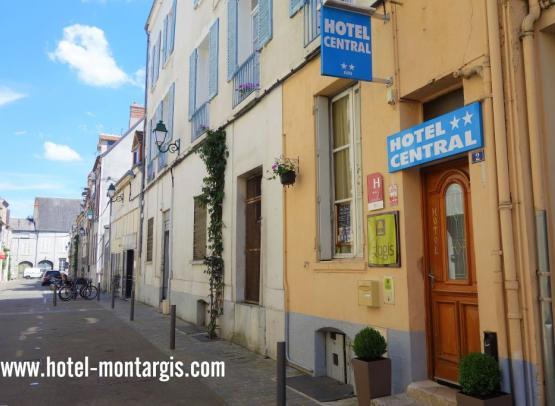 Facade-Hotel-Central-Montargis-www