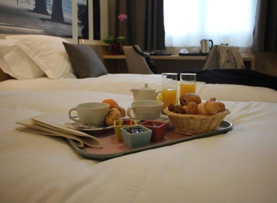 BRIT-HOTEL MONTARGIS