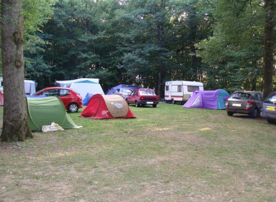 tentes-camping-geste