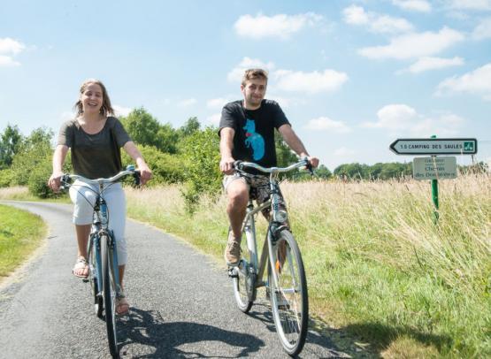 camping sites et paysages les saules à cheverny-loire valley-les circuits des châteaux à vélo au camping sites et paysages les saules