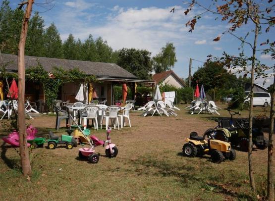 Camping-les-Terrasses-ADTTouraine-FMatteo-2019--6-