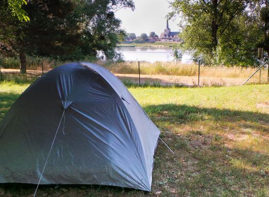 Camping le Jardin de Sully _ La Loire à Vélo (2)
