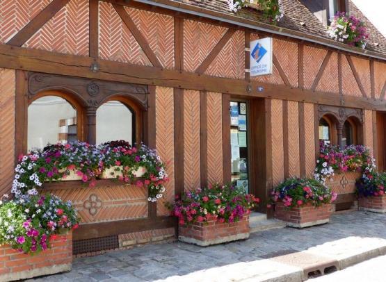 OFFICE DE TOURISME GATINAIS SUD - BUREAU DE BELLEGARDE