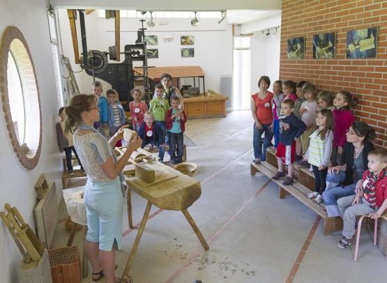 maison-potier-visite-atelier-modelage-famille-argile-fuilet-montrevault-evre--4--D