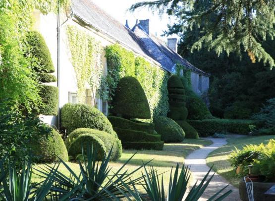 chateau-de-cinq-mars-facade-arriere