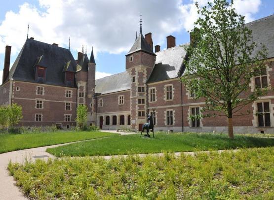 CHATEAU-MUSEE DE GIEN. CHASSE, HISTOIRE ET NATURE EN VAL DE LOIRE