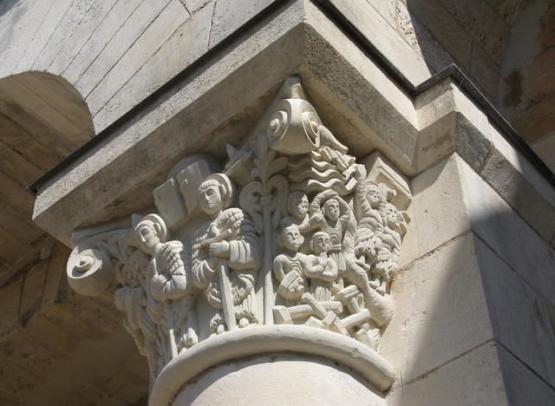 abbaye fleury chapiteau01