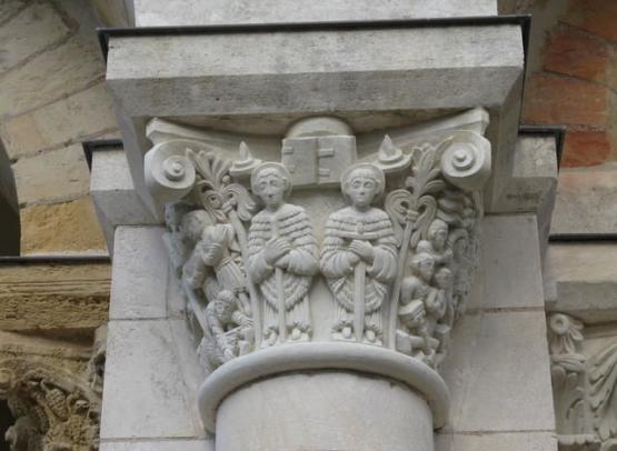 abbaye fleury chapiteau05