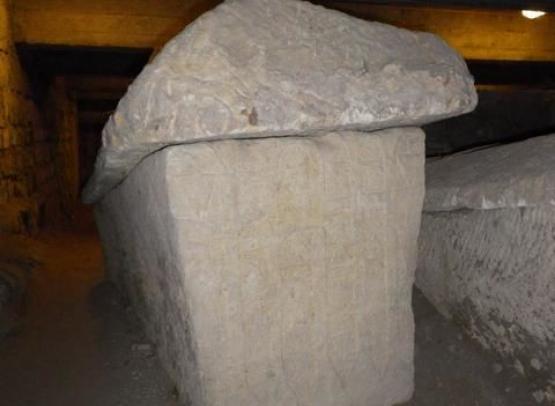 abbaye fleury sarcophage01