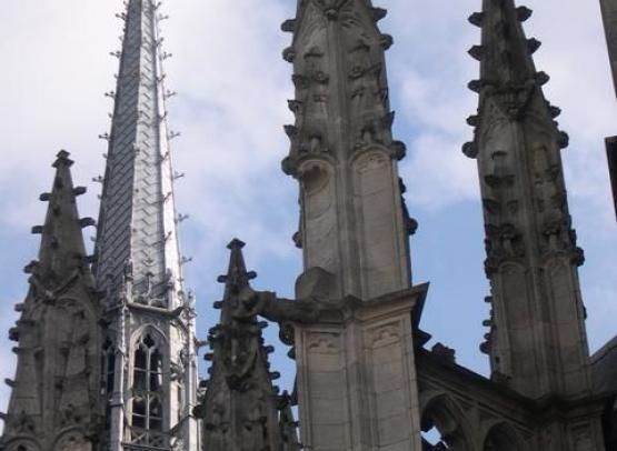 cathedrale sainte croix exterieur details03