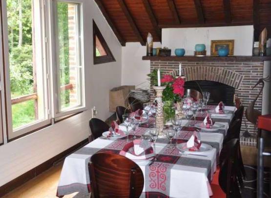 crop_restaurant_int5