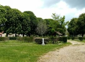 45_Loiret_Chatillon-Coligny_Aire_CampingCarPark_Aire