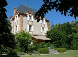 HLO-CH-Salbris-Montboulan-Château