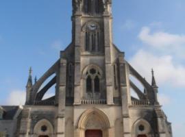 église-saint-pierre-bécon-les-granits-49-pcu